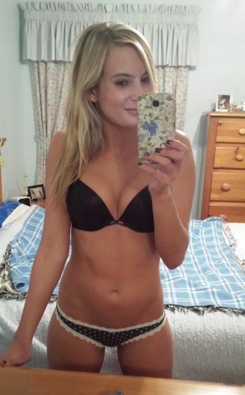 Free nude sex mirror shots