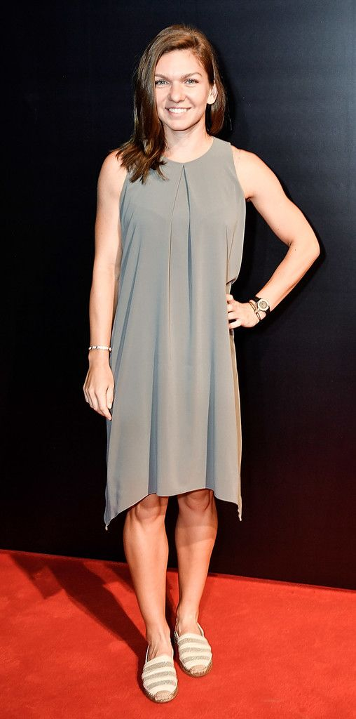 Simona Halep Photos - Simona Halep of Romania attends the 2017 China Open Player Party at Beijing Olympic Tower on October 1, 2017 in Beijing, China. - 2017 China Open - Day 2