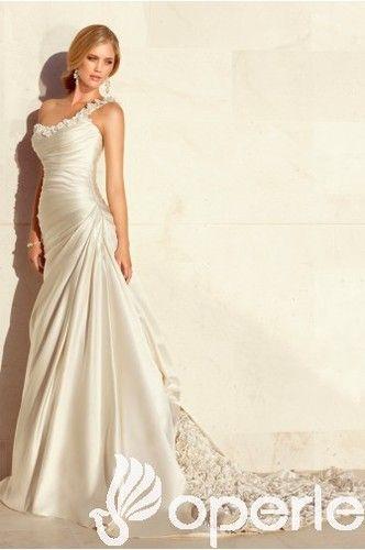 Robe de mariée plage : Belle robe de mariée A-ligne en Satin Seule épaule Chapelle traîne http://www.operle.fr/belle-robe-de-mariee-a-ligne-en-satin-seule-epaule-chapelle-traine-2825 | jackbower0429