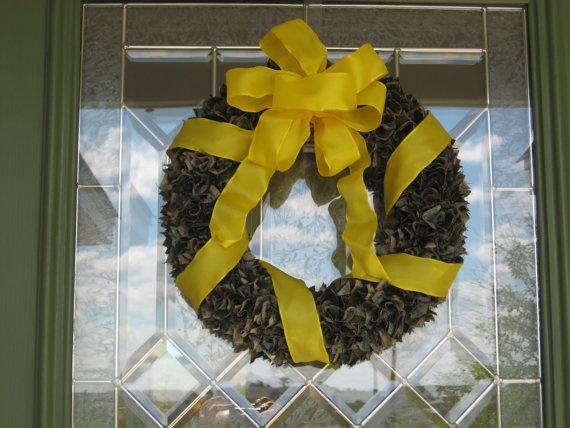 Yellow Ribbon Military Deployment Wreath-instructions are not available but pic. gives a good idea