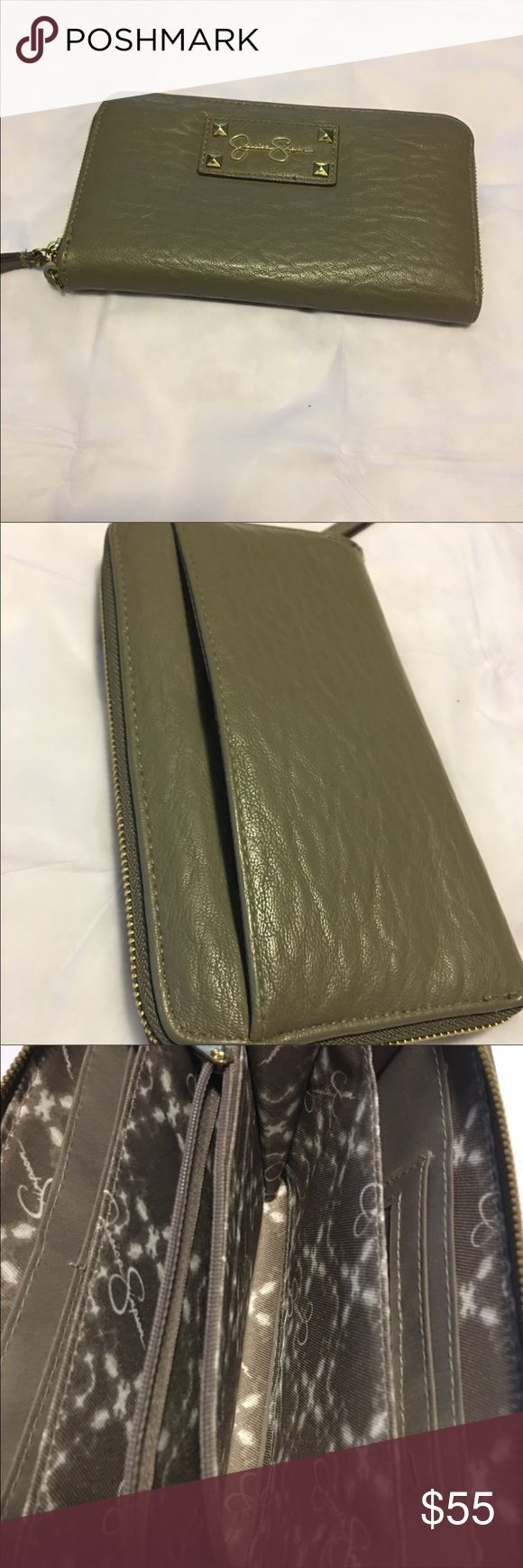 Jessica Simpson wallet In excellent condition Jessica Simpson wallet lots of pockets very beautiful wallet smoke free home. Color is like a olive green Jessica Simpson Bags Wallets