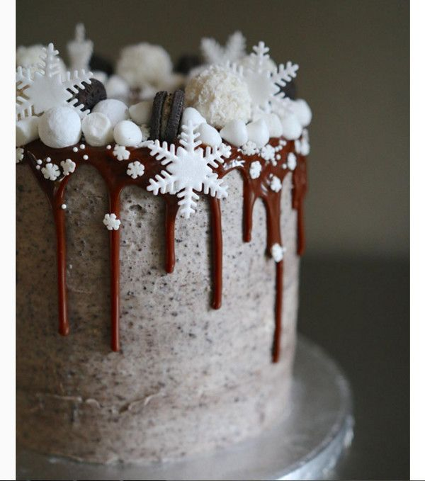 1000+ ideas about Snowflake Cake on Pinterest Cakes ...