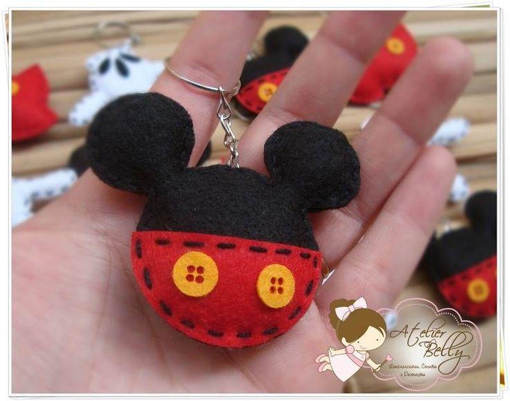 Chaveiro de pano do Mickey Mouse