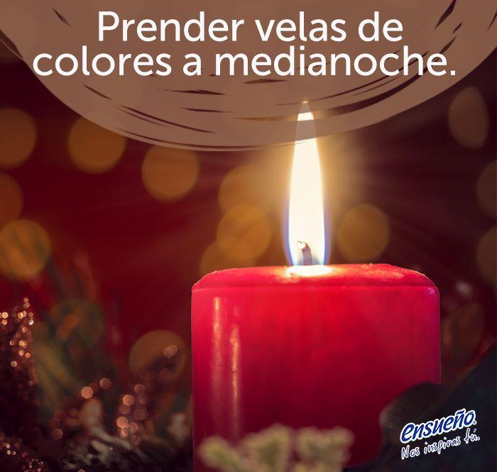 Cada color tiene un significado diferente. Las velas amarillas traen prosperidad, rojas dan suerte en el amor, blancas son para la claridad y espiritualidad, las verdes mejoran la salud física mientras que las naranjas son para la sabiduría e inteligencia.