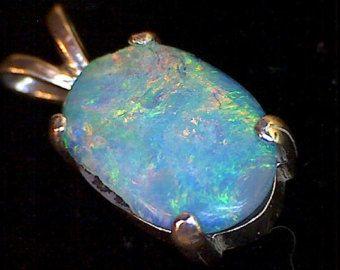 Beautiful Lightning Ridge Opal Pendant