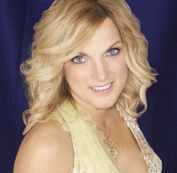 Check out Rhonda Vincent & The Rage on ReverbNation