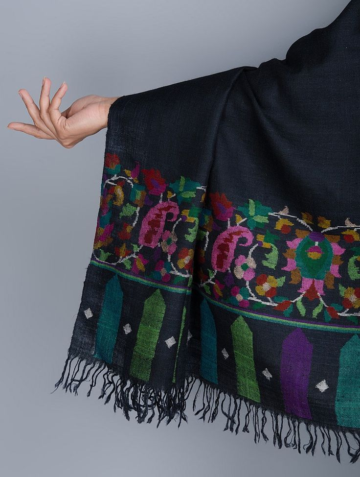 Buy Black Pashmina Kani Large Borders Hand Woven Shawl by Aditi Collection Online at Jaypore.com