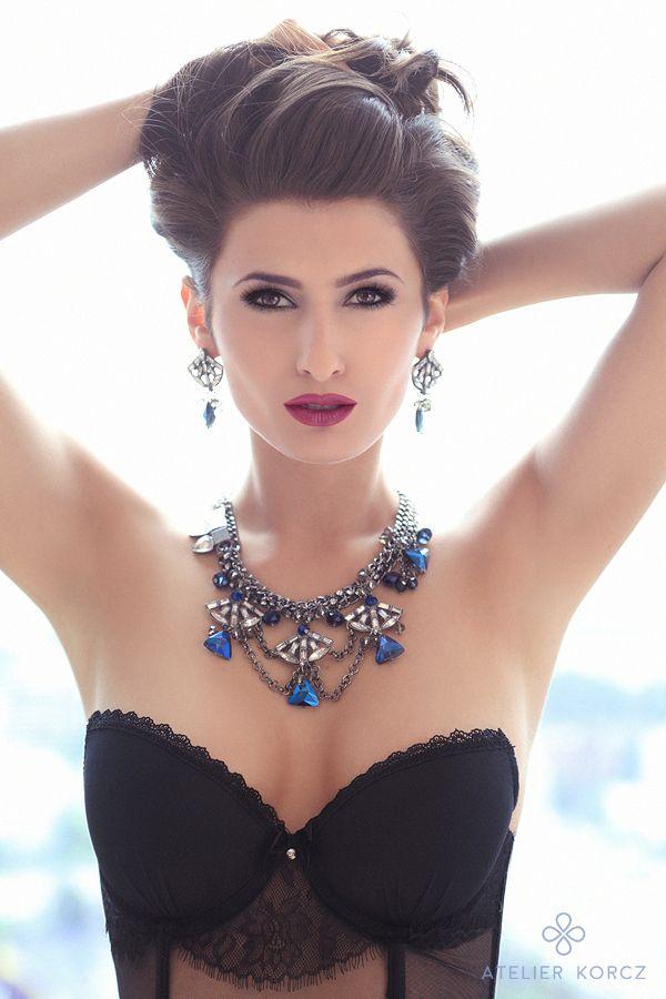 Elegant, simple, luxury make up by atelierkorcz.com.   #wedding #makeup #hair #bride #eyemakeup #pink #elegant #simple #chic #updo #bun #brunette #glow #luxury #jewellery #indygo #blue