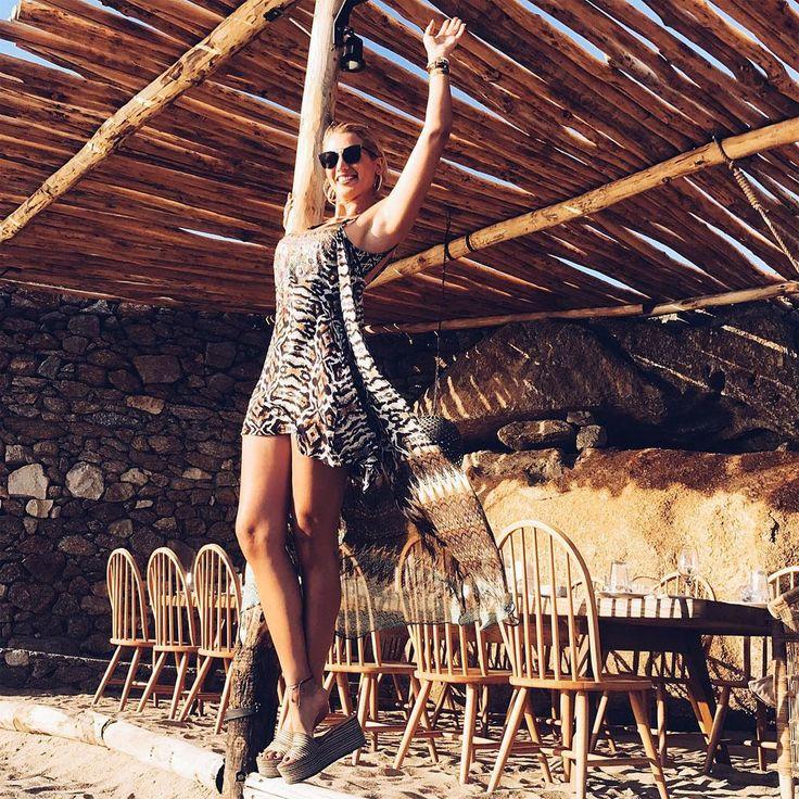Konstantina Spyropoulou in summer mood wearing #MIGATO ES3413 beige mule wedges!  Shop link ► bit.ly/ES3413-L10en