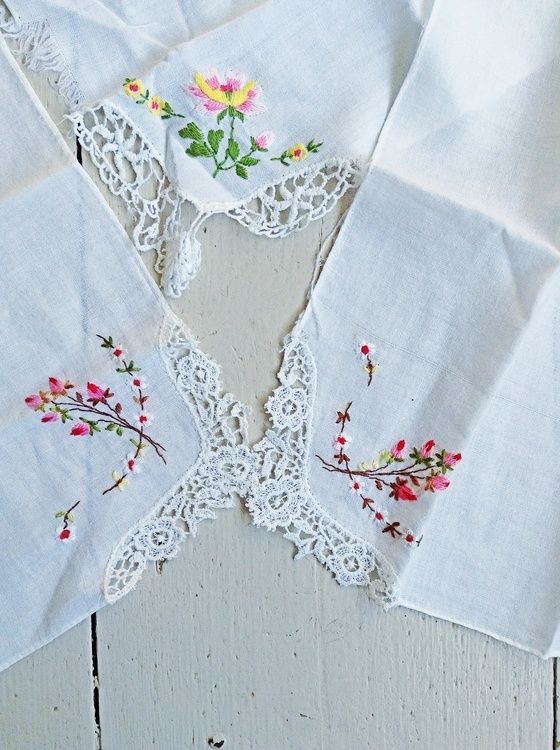 VINTAGE EMBROIDERED HANKIES. These look like some my grandmother, Alice, gave me. FP