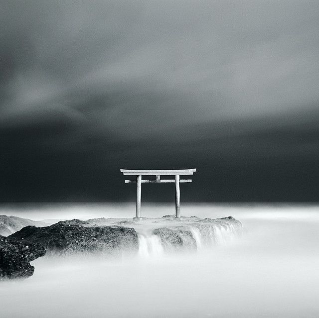 Japan - Shinto Shrine MAMIYA  C330  SEKOR  80mm  F2.8  6X6  120  Shinto shrine  B  long expose