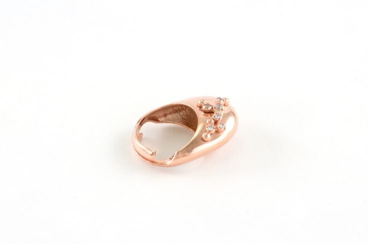 Shop on-line in www.eosbijoux.com anello in argento, silver ring, finitura oro rosè,  zircon, fashion jewelry, maxi ring, elegant jewel, dainty, minimal ring, contemporary ring