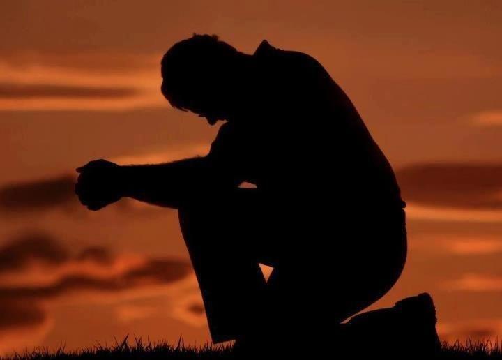 NO TE RINDAS….!!! Cuando sientas que todo es cuesta arriba, Cuando creas que no hay salida, Cuando el cansancio sea inmenso, Descansa si quieres pero… NO TE RINDAS.
