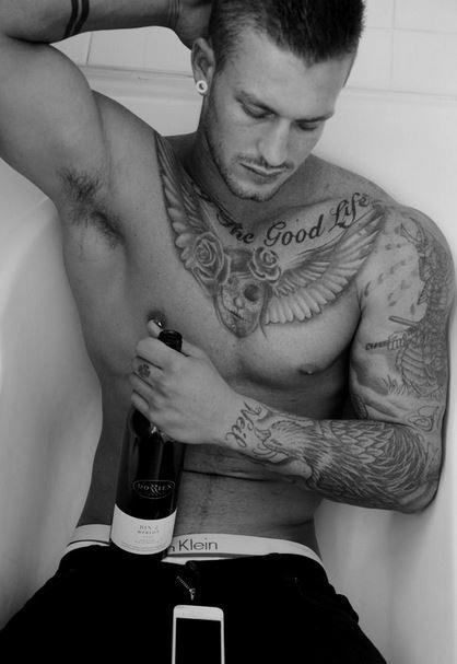 tatuaje-sexy-para-hombres.jpg (418×607)