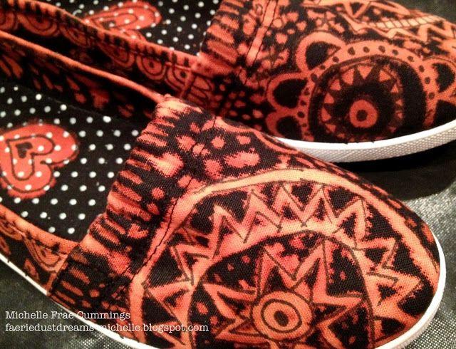 Faerie * Dust * Dreams: Bleach Painted Canvas Shoes - tutorial