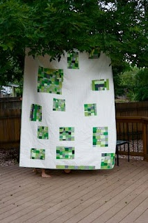 neat use of random squares: Pantone Colors, Quilts Inspiration, Fun Green, Quilti Inspiration, Irish Green, Modern Green Quilts, Calvin Quilts, Inspiration Quilts, Modern Quilts