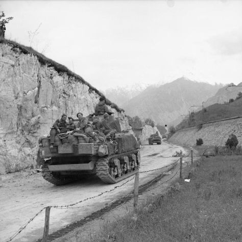 The British Army on its way to the Austrian border in the last days of the Italian campaign, 1945 - pin by Paolo Marzioli
