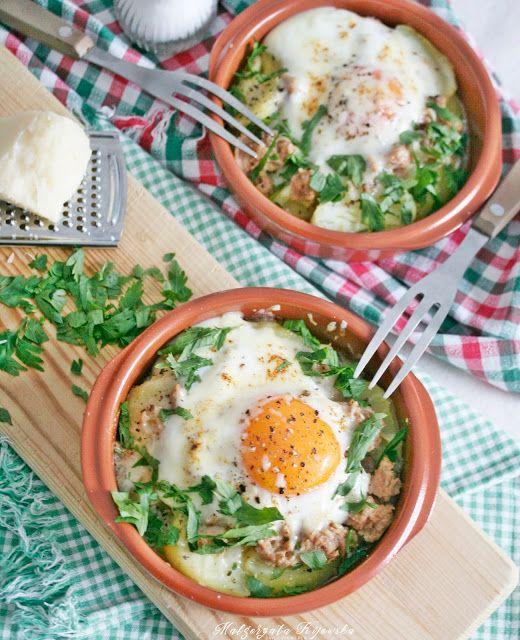 Zapiekanka ziemniaczana z tuńczykiem i jajkiem