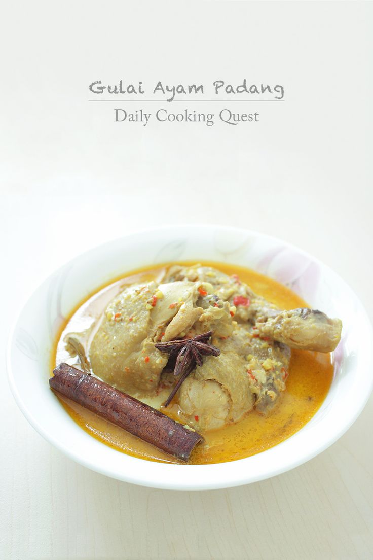 Gulai Ayam Padang - Padang Style Chicken Curry Recipe at http://dailycookingquest.com/by-cuisine/indonesian/gulai-ayam-padang...Special Food from Padang, West Sumatra