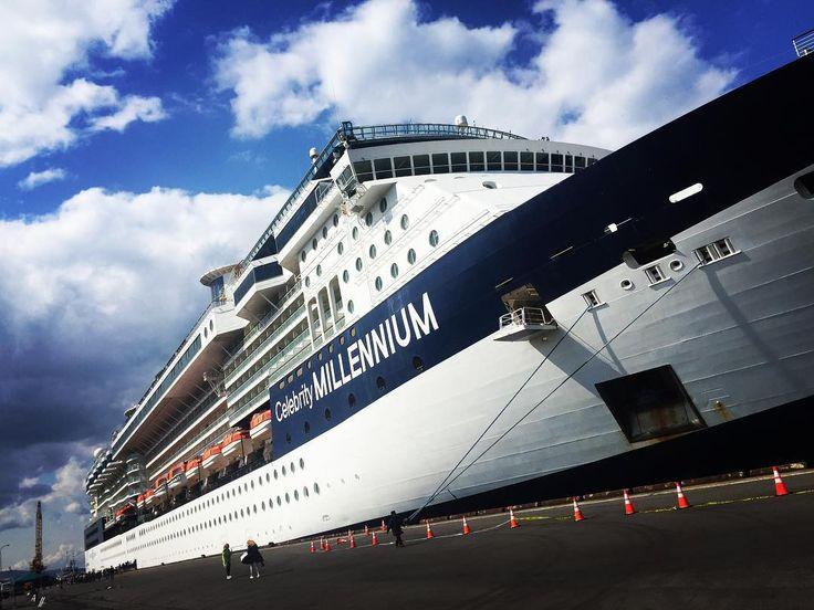 . . プレミアム客船「セレブリティ・ミレニアム(91,000トン)」。2017年は初の日本発着クルーズが実施され好評のうち終了いたしました。. . 9月にはアラスカ、11月には東南アジアなど、世界を巡る人気の客船もぜひお試しください!. . #セレブリティクルーズ#セレブリティミレニアム#豪華客船#cruising#プレミアム客船#シンガポール航空#飛鳥#にっぽん丸#空#海#Luxury#豪華客船#楽しい#fun#nice#amazing#日本発着クルーズ#アジア周遊#客船#celebrity#クルーズ#フォロワー#ゆたか倶楽部#クルージング#船旅#航海#世界一周#ワールドクルーズ#フォロワー#trip . http://tipsrazzi.com/ipost/1520025129929140918/?code=BUYNs1fF-q2