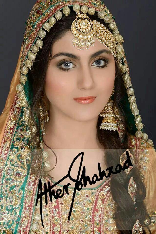 Muslim Beautiful Bridal Makeup : 17 Best images about Bride / Dulhan on Pinterest Desi ...