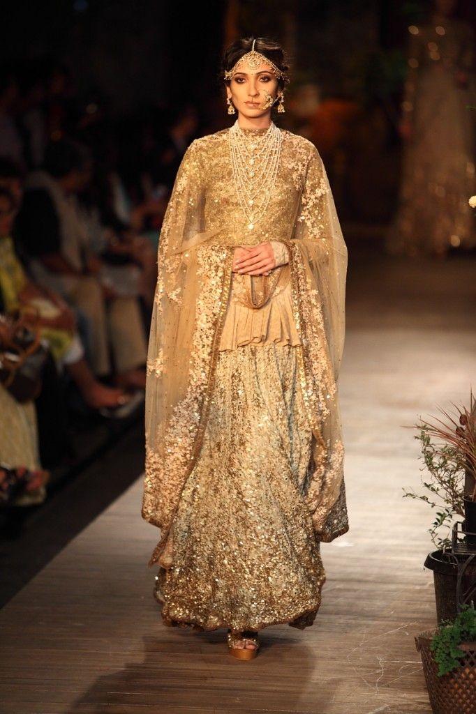 Gold Sparkly #Sabyasachi #Lehenga. Image: Dwaipayan Mazumdar/Vogue.