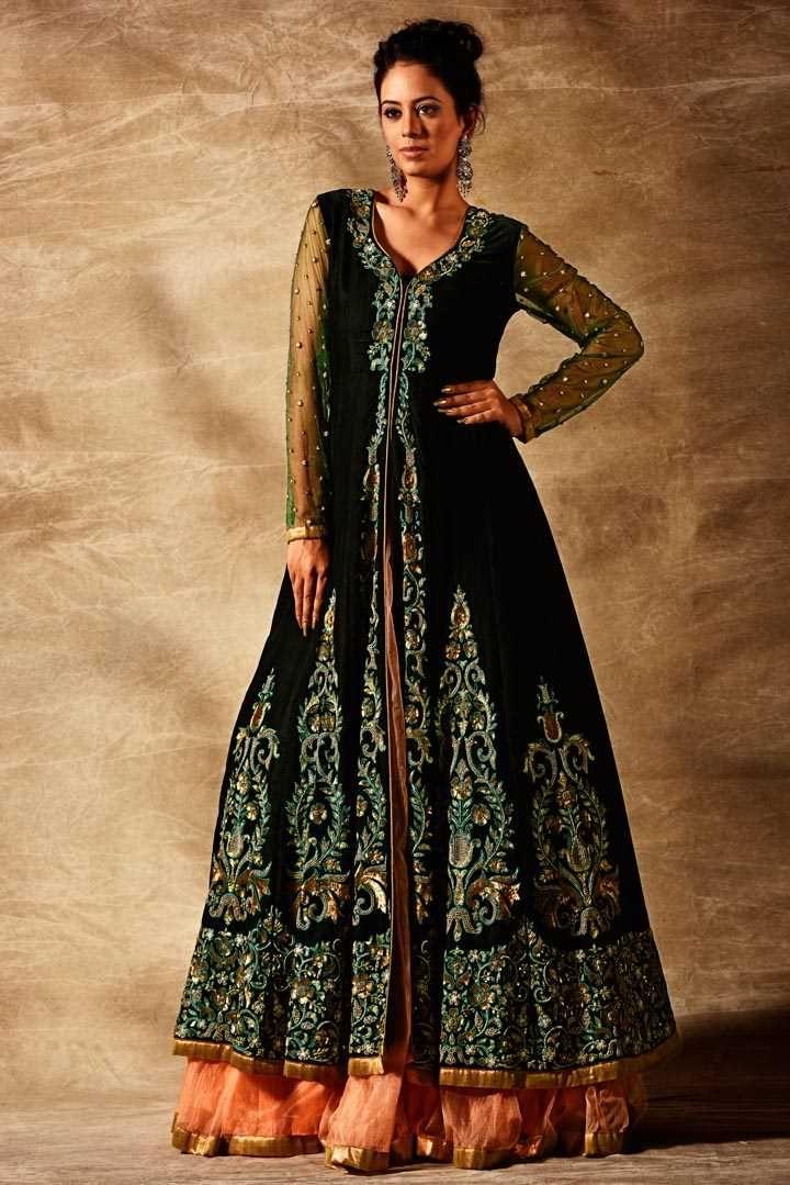Indowestern | Darshi Shah Bhavin Trivedi #dsbt #ahmedabad #india #indianbridalwear #indiandesigners #fashion #traditional #indianwedding #marriage #reception #sangeetsandhya #engagement #mehdi #garba #sagai #bridalshower #babyshower #housewarming #womenswear #trousseau #chaniyacholi #choliblouse #dupatta #lehenga #saree #gown #salwarkameez #salwarsuit #anarkali #friends #zardoshi #embroidery #brocade #silk #jodhaakbar www.facebook.com/dsbt.studio https://www.instagram.com/d_s_b_t/