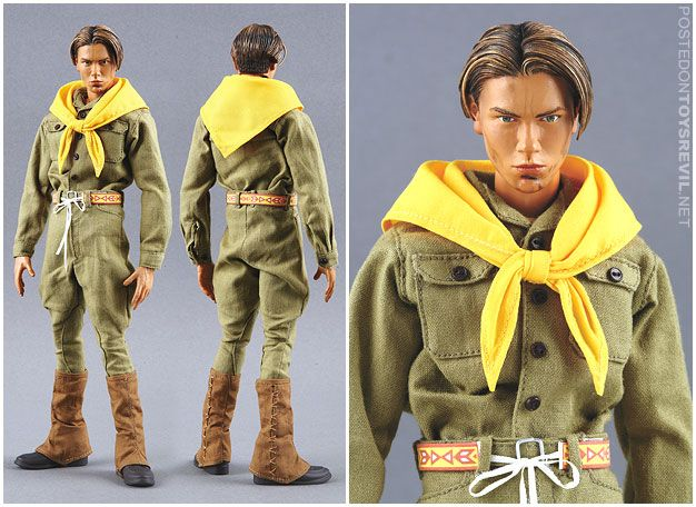 The River Phoenix young Indiana Jones action figure.  Want.