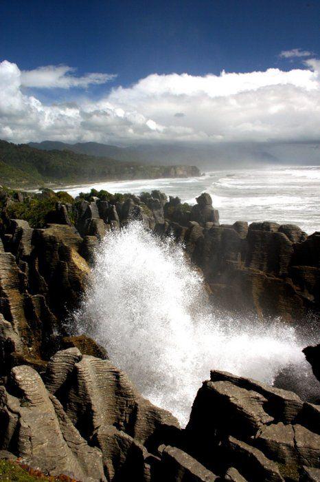 Putai Blowhole, Punakaiki, West Coast, South Island, NZ
