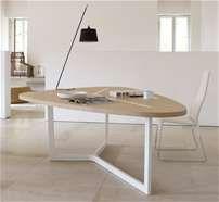 Table: SEVEN - Collection: B Italia - Design: Jean-Marie Massaud