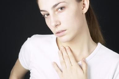 Thyroid Disease Symptoms -- Hypothyroidism and Hyperthyroidism