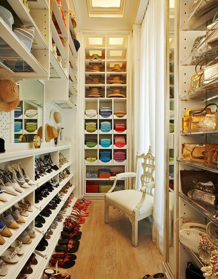 Large And Narrow Closet With Plenty Of Space For Shoes Id Love A Nice Big Organization Like This My Then I Could Buy More