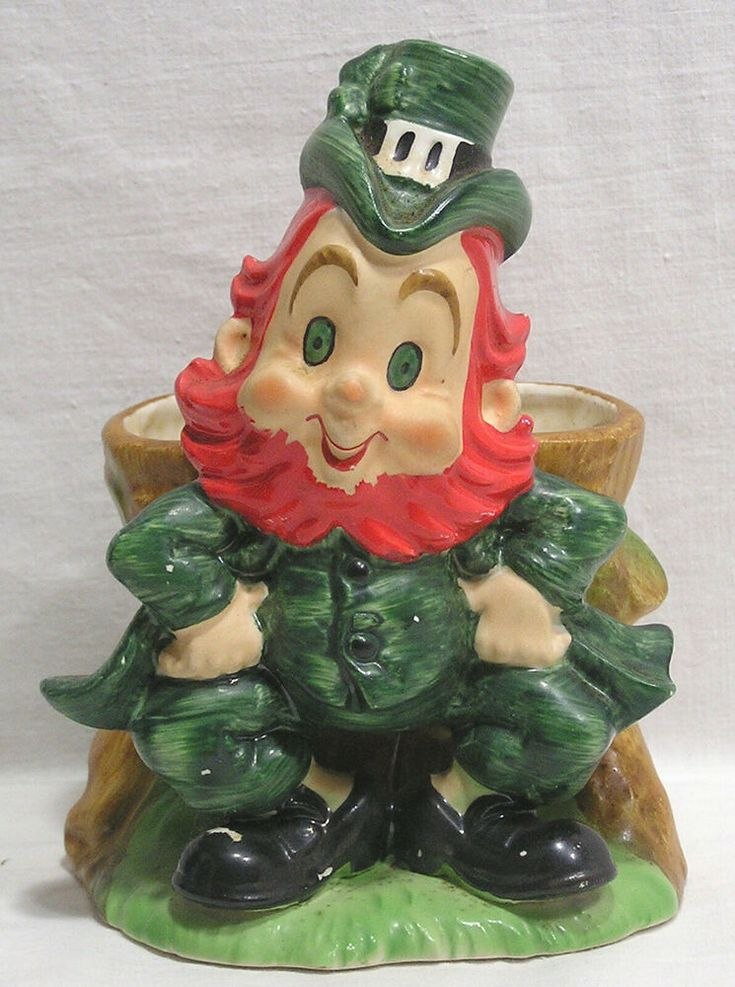 Vintage Lefton St Patricks Day Leprechaun Planter Japan