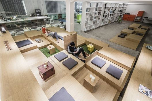 1305 Studio Office. Image © Shen Photography  http://www.archdaily.com/595033/when-one-size-does-not-fit-all-rethinking-the-open-office