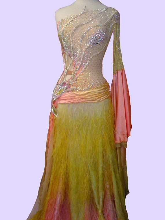 Ballroom dans jurken gele en roze stijldansen door DesignByNatasha