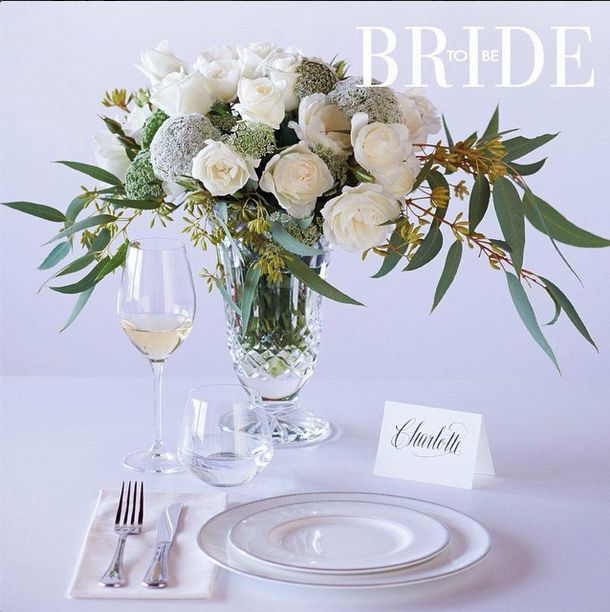 Perfect bridal table setting by Bride To Be magazine featuring Noritake Vizio glassware. Adding an extra touch of style to your wedding day.