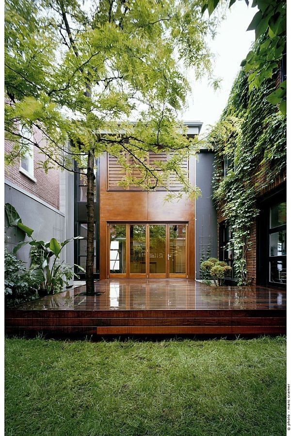 Former Industrial Building Becomes a Contemporary Home (U-House)
