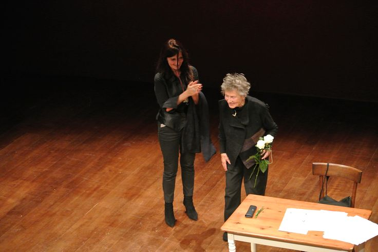 Sheila ed Emmanuelle alla fine dello spettacolo