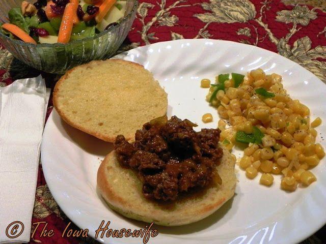The Iowa Housewife: Farm Sale Barbecue
