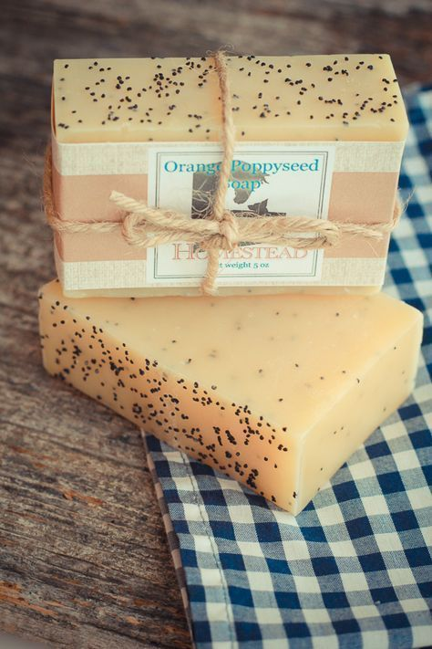 Orange Poppy seed Soap #naturalsoaprecipes