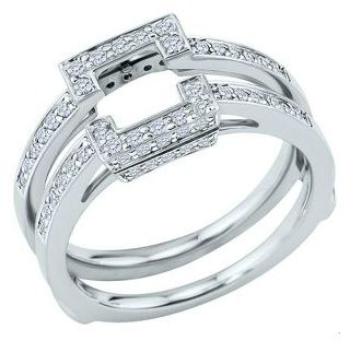 this is simillar to what i want my engagement/wedding rings to look like...its the right idea just not a square center...now to find the right guy to buy it for me!!!