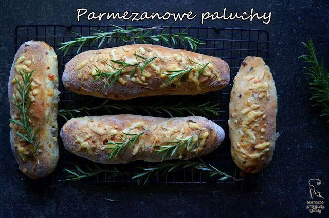 Kulinarne przygody Gatity: Parmezanowe paluchy drożdżowe z suszonymi pomidora...