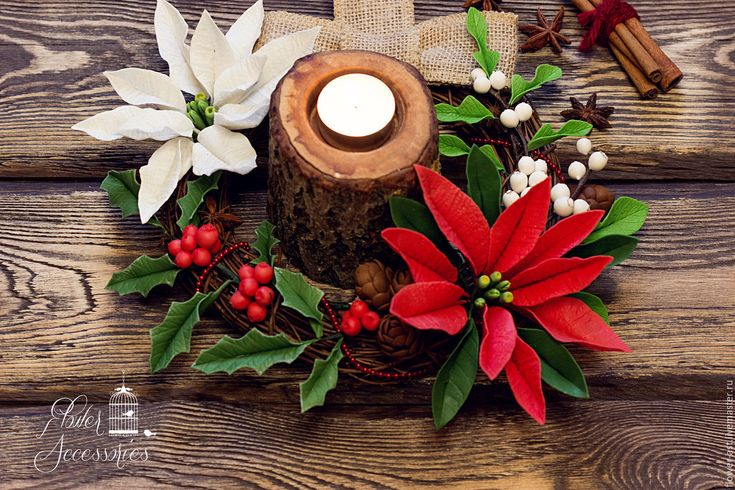 Купить Рождественский интерьерный венок. - комбинированный, цветы из полимерной глины, цветы из глины, реалистичная флористика