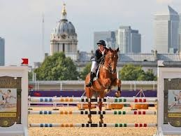 Samantha Murray - Team GB's last medal of 2012, a Silver in the Modern Pentathalon.