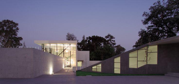Museo, Centro Cultural y Teatro Carabineros de Chile © Gonzalo Mardones Viviani