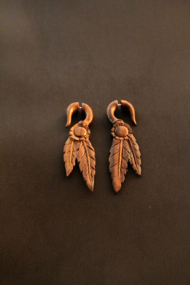 Apache Style Leaf Carving in Wood Earrings Ethnic Fake Gauges Wooden Earrings Made from Sono Wood #Etsy #Jewelry #Earrings #BoneCarving #HornCarving #WoodCarving #Piercing #Plugs #Gauges #Tattoo #Organic #Tribal #TribalStyle #HornEarrings #WoodEarrings #BoneEarrings