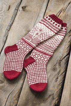 Jacquardstickade strumpor i Novita Nalle | Novita knits