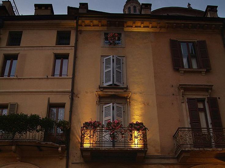 I slept there. Ca' delle Erbe, Mantova.    April 2012