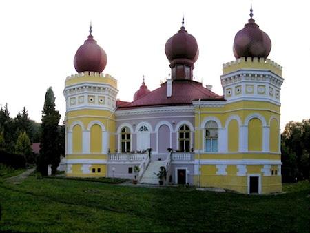 Palatul Arcalia, Bistrita, Romania…