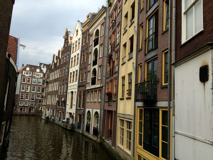 i like this view, it's remind me about Venice. @Amsterdam, The Netherlands